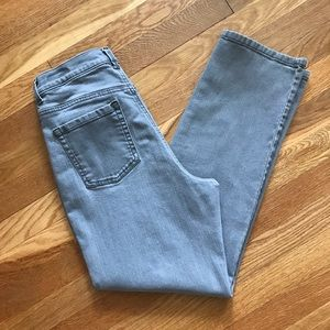 Gloria Vanderbilt Amanda Gray Jeans 12 Short